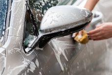 Cómo limpiar su coche, paso a paso, como un profesional